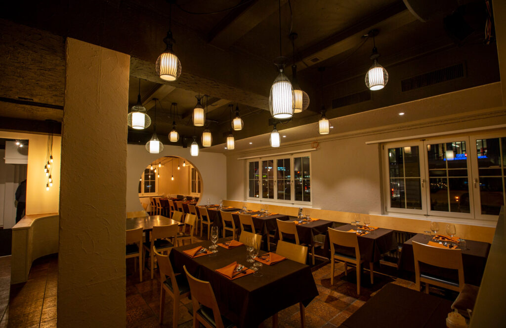 chinesisches restaurant - lylai, chinese table